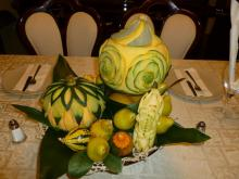 Thanksgiving centrepiece (fruit carving)