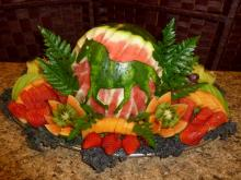 Personalized fruit platter